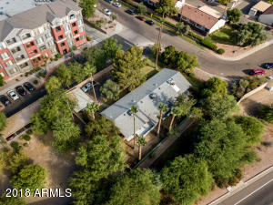 4527 E BELLEVIEW Street, Phoenix, AZ 85008