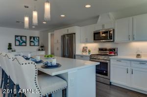 4431 E TURNEY Avenue, Phoenix, AZ 85018