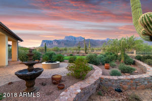 7137 E GRAND VIEW Lane, Apache Junction, AZ 85119