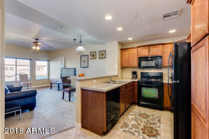 5450 E DEER VALLEY Drive, 2216, Phoenix, AZ 85054