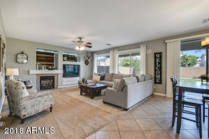 Family Room pic 1
