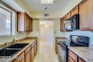 7474 E EARLL Drive, 317, Scottsdale, AZ 85251