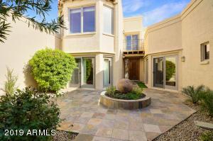 8437 N 84TH Place, Scottsdale, AZ 85258