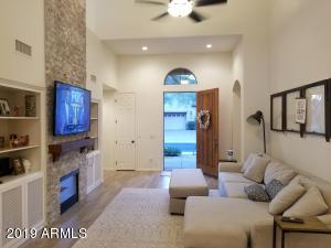 20802 N GRAYHAWK Drive, 1124, Scottsdale, AZ 85255