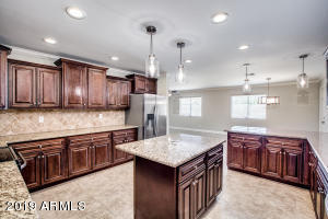 7936 E MORELAND Street, Scottsdale, AZ 85257