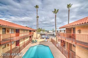 1621 W DENTON Lane, Phoenix, AZ 85015
