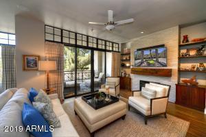 8 BILTMORE Estate, 212, Phoenix, AZ 85016