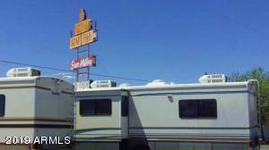 7625 QUARTZSITE Street, Sun Valley, AZ 86029