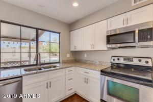 12012 S PEWAUKEE Street, Phoenix, AZ 85044