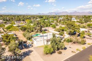 6702 E BERYL Avenue, Paradise Valley, AZ 85253
