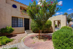 1025 E HIGHLAND Avenue, 6, Phoenix, AZ 85014