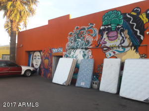 2827 W BUCKEYE Road, Phoenix, AZ 85009