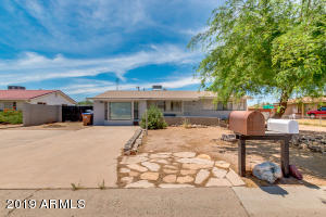 841 E DESERT Avenue, Apache Junction, AZ 85119