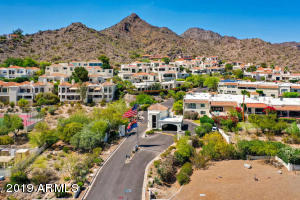 Just 15 minutes from downtown Phoenix and Phoenix Sky Harbor Int'l Airport
