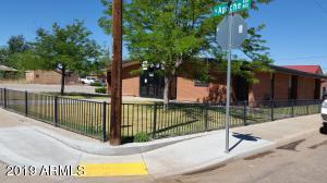 723 N Apache Avenue, Winslow, AZ 86047