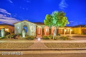 7547 W TRAILS Drive, Glendale, AZ 85308