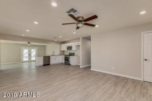 3447 E ANGELA Drive, Phoenix, AZ 85032