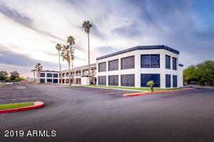 7900 E GREENWAY Road, Scottsdale, AZ 85260