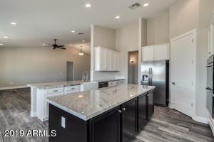 30911 N Roller Coaster Lane, San Tan Valley, AZ 85142