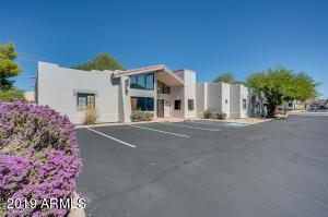 3505 E BROWN Road, Mesa, AZ 85213