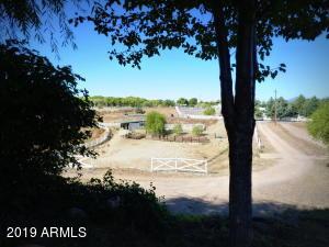 13645 E QUAIL Court, Dewey, AZ 86327