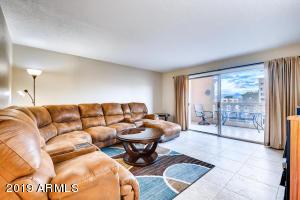 7830 E Camelback Road E, Scottsdale, AZ 85251