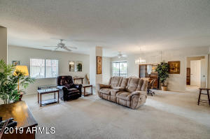 10330 W THUNDERBIRD Boulevard, A303, Sun City, AZ 85351
