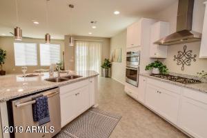 36177 N MATTHEWS Drive, San Tan Valley, AZ 85143