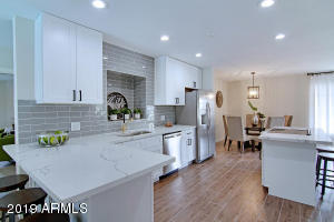 6738 E HOLLY Street, Scottsdale, AZ 85257