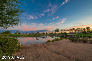 15884 W LINKSVIEW Drive, Surprise, AZ 85374