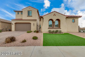 3275 E NIGHTINGALE Lane, Gilbert, AZ 85298