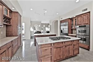 2 Islands - cooking and breakfast bar plus tons - yes tons of counter space