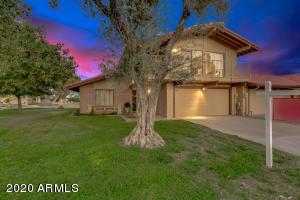 11807 S TONOPAH Drive, Phoenix, AZ 85044