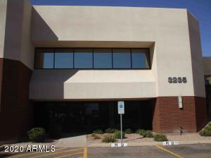 3235 N WASHINGTON Street, Chandler, AZ 85225