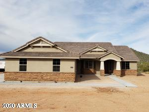 PICTURES ARE OF A PREVIOUSLY BUILT 2311 PLAN AND MAY CONTAIN OPTIONS OR UPGRADES NOT INCLUDED IN THIS SPEC