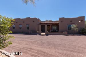 8615 W DALEY Lane, Peoria, AZ 85383