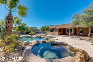 Backyard oasis with mountain views surrounding!