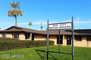 10820 W OAKMONT Drive, Sun City, AZ 85351