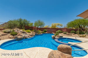 11511 E CAVEDALE Drive, Scottsdale, AZ 85262