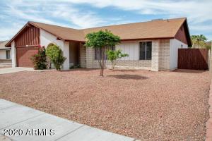 2670 W BENTRUP Street, Chandler, AZ 85224