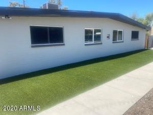 914 S KENWOOD Circle, Tempe, AZ 85281