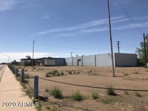1001 E Third Street, Winslow, AZ 86047