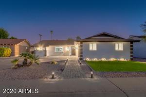 8643 E Bonnie Rose Avenue, Scottsdale, AZ 85250