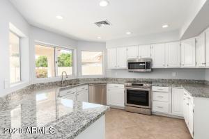 3111 E MENLO Street, Mesa, AZ 85213
