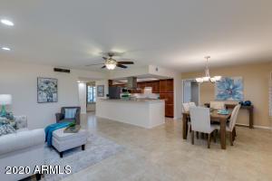 9520 W TIMBERLINE Drive, Sun City, AZ 85351