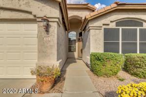 4610 E SWILLING Road, Phoenix, AZ 85050