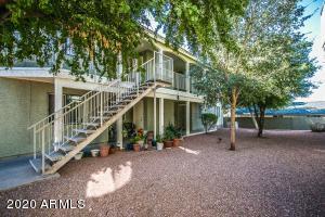 1336 E MOUNTAIN VIEW Road, 102, Phoenix, AZ 85020