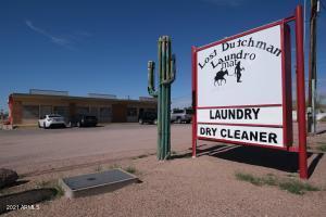 970 N DELAWARE Drive, Apache Junction, AZ 85120