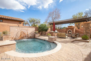 5649 E GROVERS Avenue, Scottsdale, AZ 85254