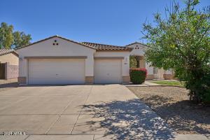 2353 S PENROSE Drive, Gilbert, AZ 85295